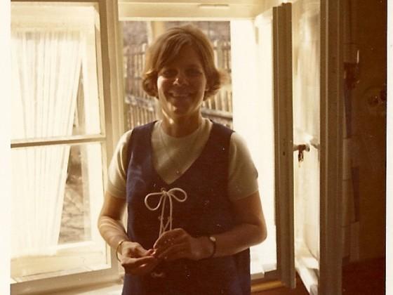 Meine Mutter 1970 mit mir schwanger (wir haben beide Ataxie)