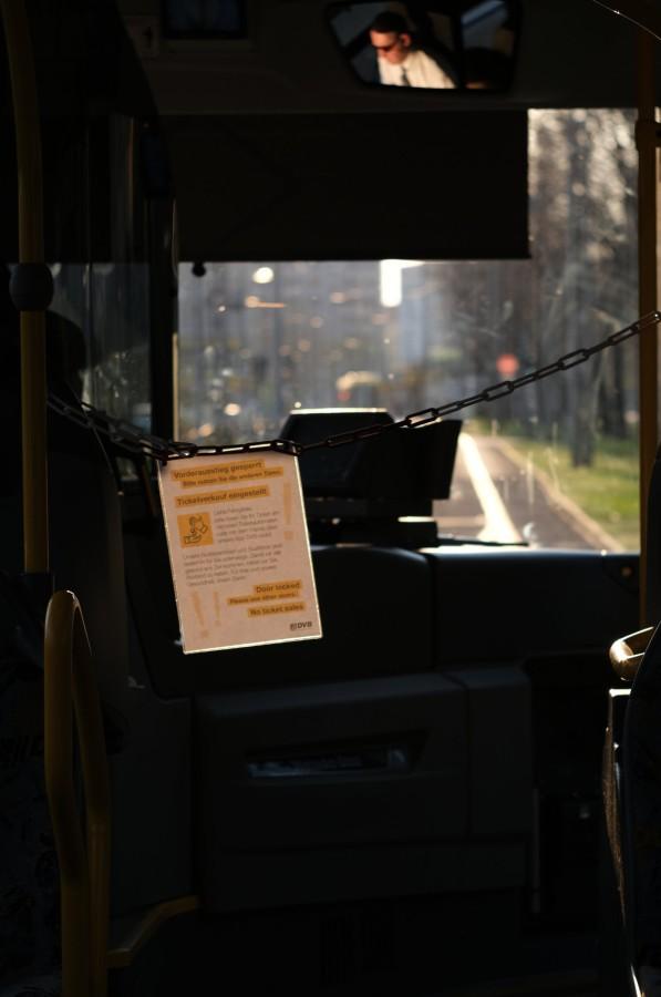 Absperrung im Stadtbus